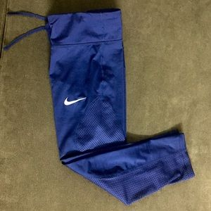 Nike dry fit athletic tights capris mesh panel